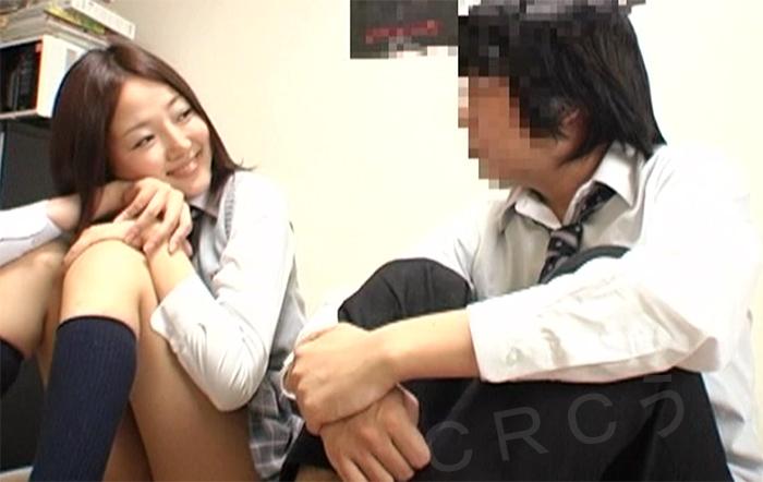 同級生の女子校生と一緒にAV鑑賞→興奮してセックスしまくり!!